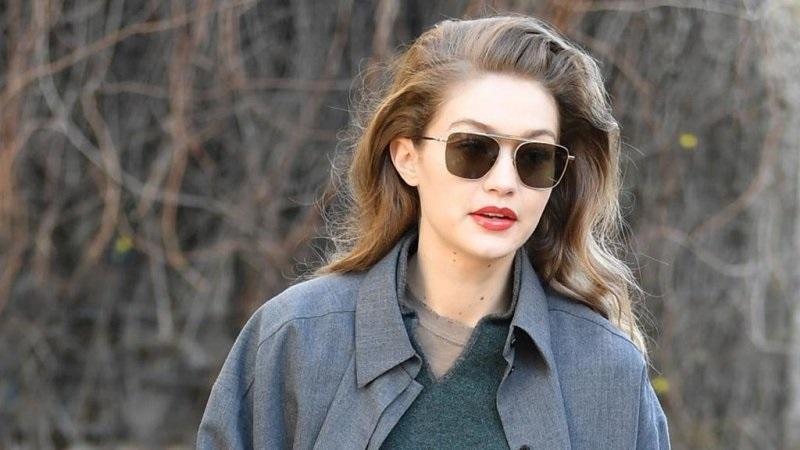 النظارات المناسبة للوجه الطويل للنساء