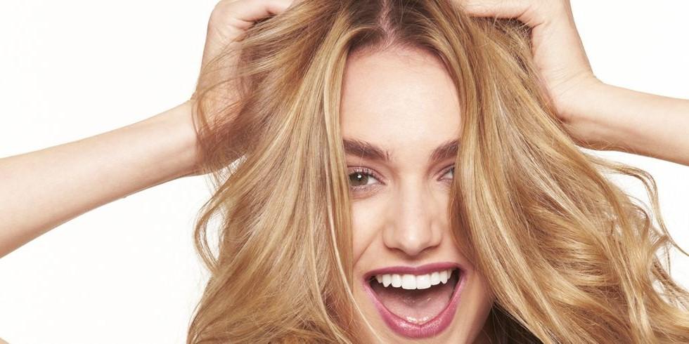 أسباب تجعد الشعر